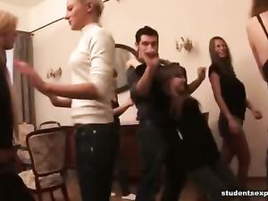 Drunk College Coeds Suck And Fuck At An Orgy