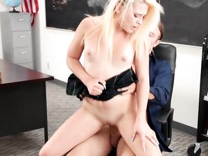 Extra Credit Sex With A Cute Blonde Schoolgirl