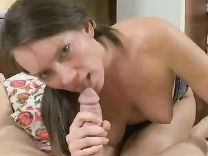 Nice Big Butt On A Teenager Into Hot Anal Sex