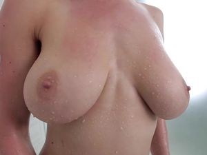 Dillion Carter Takes Dick Doggystyle In The Shower