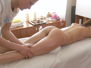Dick Worshiping Teen Fucked From Behind By Her Stud