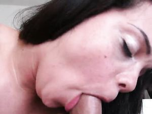 Cumming In The Mouth Of A Curvaceous Slut
